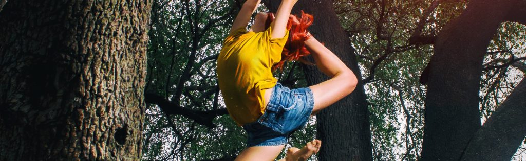 person-in-yellow-shirt-and-blue-denim-shorts-doing-ballet-910405